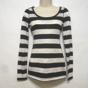 EXPRESS BLACK WHITE STRIPED LONG SLEEVE TOP